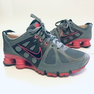 Nike Shox Agent Womens Athletic Running Shoes